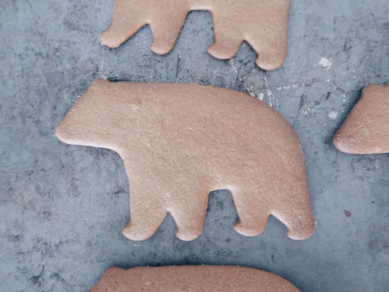 ginger bread polar bear all that she craves