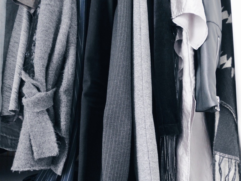 Capsule wardrobe all that she craves
