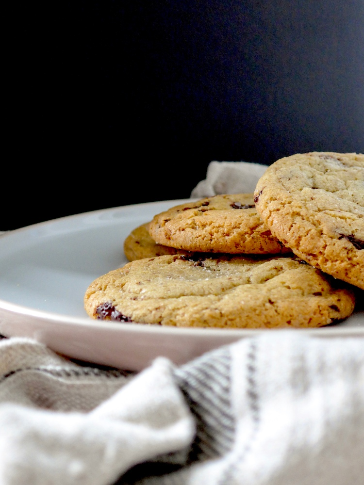 Chocolate Chunk Cookies for Grey Rainy Days on allthatshecraves.com