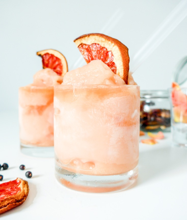 Gin and Grapefruit Slushes on allthatshecraves.com
