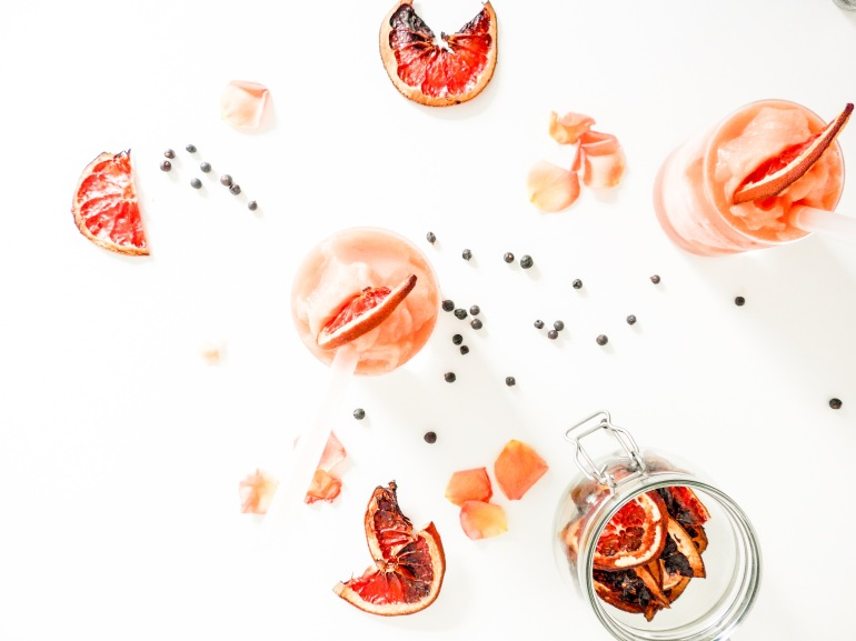 Gin and Grapefruit Slushes on allthatshecraves.com